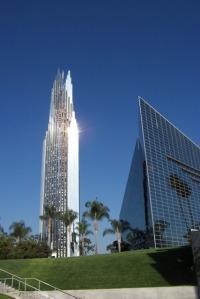 De Crystal Cathedral in Garden Grove (Los Angeles) symbool van het christelijke 'succes-evangelie'.